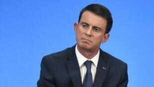 Manuel Valls a défendu l'idée d'interdire le port du burkini sur les plages françaises