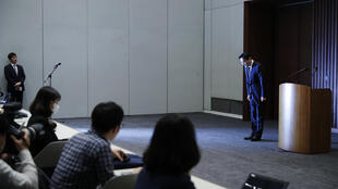 لي جاي يونغ خلال مؤتمر صحافي في السادس من أيار/مايو 2020 في سيول
