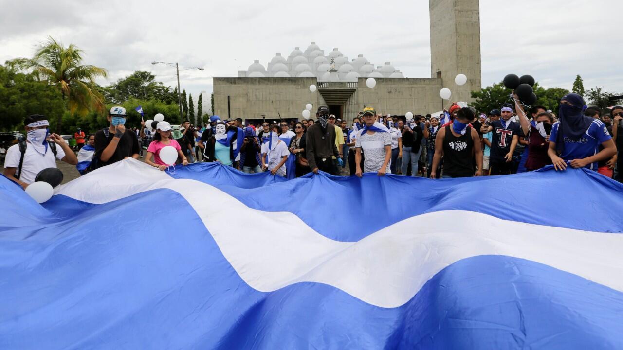 Archivo-Manifestación contra los asesinatos ocurridos durante las protestas contra el presidente Daniel Ortega, en Managua, Nicaragua, el 30 de mayo de 2019.