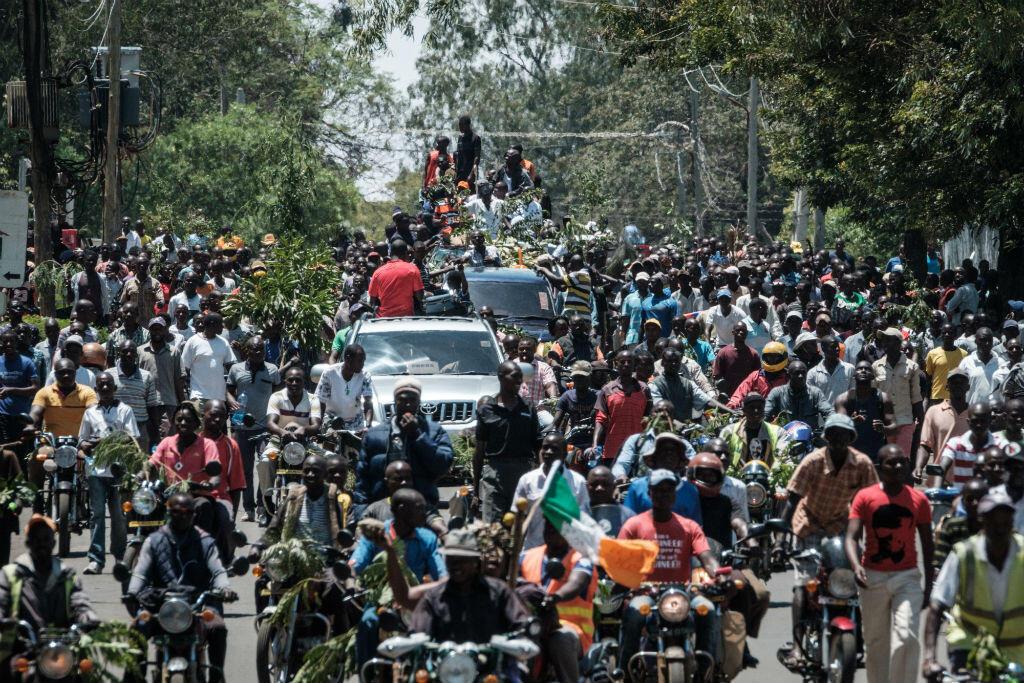 """Manifestation de supporters de """"Baba"""" Odinga à Nairobi, le 25 octobre 2017, après l'annonce de la Cour suprême."""