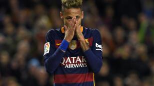 Neymar est soupçonné d'avoir dissimulé des revenus au fisc brésilien entre 2011 et 2013