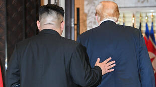 Donald Trump et Kim Jong-un ont signé un document commun après seulement quelques heures de négociations.