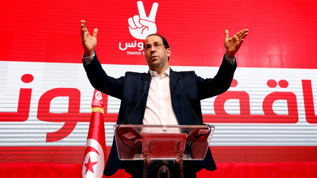 El primer ministro de Túnez, Youssef Chahed, líder del partido secular Tahya Tounes, habla durante un mitin en Túnez, Túnez, el 8 de agosto de 2019.