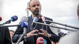 Le Premier ministre Edouard Philippe, candidat à la mairie du Havre, répond aux questions des journalistes, le 20 juin 2020 au Havre