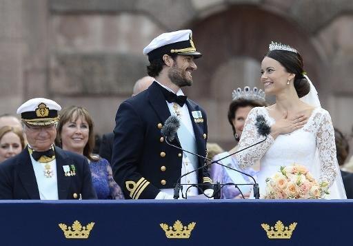 الأمير كارل فيليب والعروس صوفيا هيلكفيست
