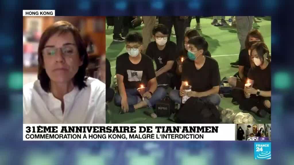 2020-06-04 17:01 Malgré les risques, une foule de Hongkongais brave l'interdiction de Pékin et commémore Tiananmen