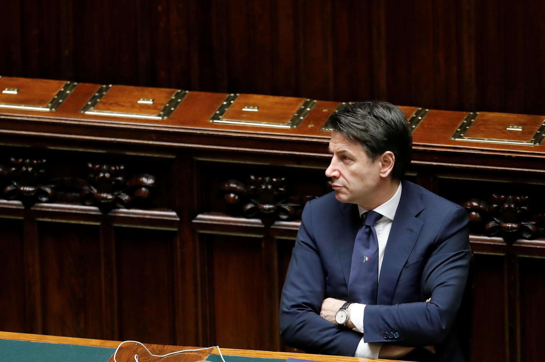 El primer ministro italiano Giuseppe Conte asiste a una sesión de la Cámara Baja del Parlamento sobre la enfermedad por coronavirus (Covid-19) en Roma, Italia, el 21 de abril de 2020.