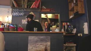 Alessandra Montagne en su restaurante Tempero.