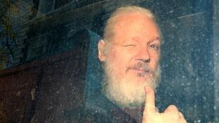 Julian Assange fue arrestado en la Embajada de Ecuador en Londres el jueves 11 de abril.