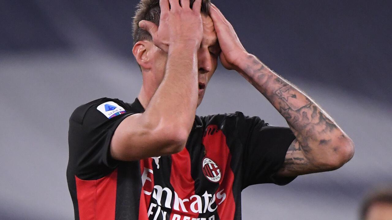 الدوري الإيطالي: ميلان يتدحرج إلى المركز الخامس ونابولي يصعد إلى المرتبة الثالثة