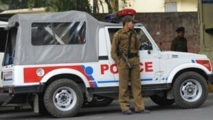 - دورية للشرطة الهندية في نيودلهي