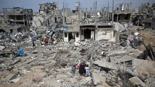 A neighbourhood of Gaza on October 11