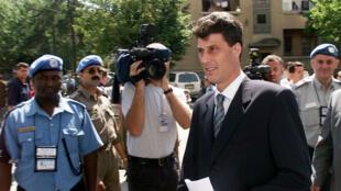 Hashim Thaçi, ex-chef de la guérilla kosovare et ministre des Affaires étrangères du Kosovo, le 16 juillet 1999 à Pristina.