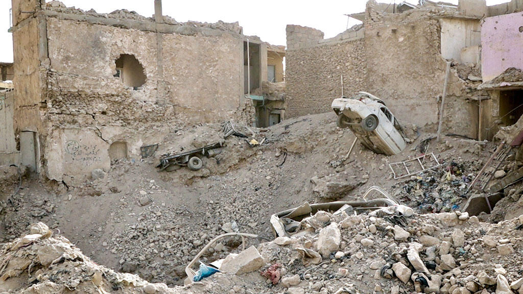 Video: The story of a deadly air strike in Iraq's Mosul - Reporters