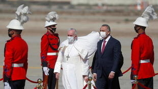 w1280-p16x9-pope-arrives