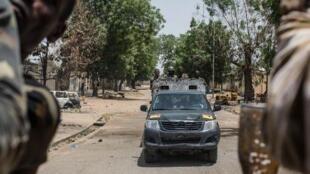 - دورية في باما بشمال شرق نيجيريا في 25 آذار/مارس 2015