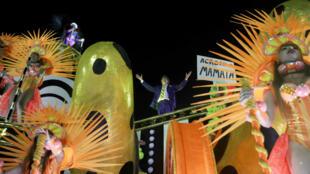 carnaval-rio-bolsonaro