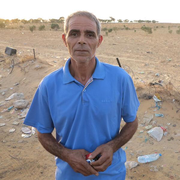Lotfi Ajlani, originaire de Kasserine, travaille depuis 1990 en Libye.