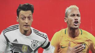 Mezut Özil, le milieu de terrain allemand et Neymar, l'attaquant brésilien, appartiennent aux équipes favorites pour le Mondial de football