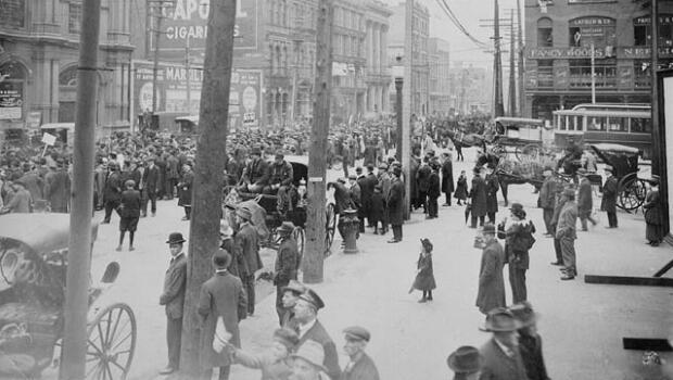 An anti-conscription demonstration in the streets of Montreal in 1917.