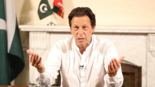 Imran Khan pronuncia un discurso mientras declara su victoria en las elecciones generales en Islamabad, Pakistán, el 26 de julio de 2018.