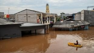 INDONESIA_FLOODS_indonesie_inondation_2020-01-02T033137Z_1972667039_RC2F7E9KMZ27_RTRMADP_3