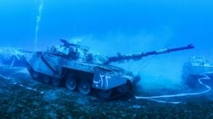 The items included in Jordan's new underwater military museum were arranged to imitate a battle formation
