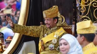 Le sultan de Brunei célébrant ses 50 ans de règne en octobre 2017.
