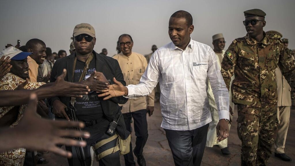 Feuding ethnic groups in Central Mali sign ceasefire accord during PM Cissé's visit: officials