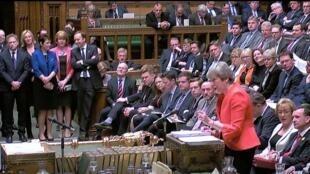 رئيسة الوزراء البريطانية تيريزا ماي أمام مجلس النواب 27 فبراير/ شباط 2019