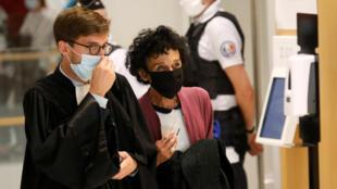 charlie hebdo proces justice masques
