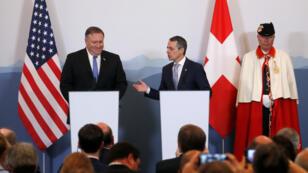 El secretario de Estado de Estados Unidos, Mike Pompeo, y el ministro de Exteriores suizo, Ignazio Cassis, se reunieron este 2 de junio en Bellinzona, Suiza