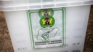 Une urne dans un bureau de vote de Gombi, au Nigeria, le 15 février 2019.