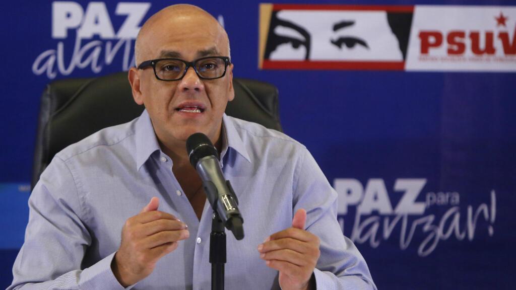 El jefe del comando electoral del gobernante Partido Socialista Unido de Venezuela, Jorge Rodríguez, precisó que el resultado de las elecciones del 15 de octubre representa un llamado al diálogo.