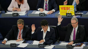 El ponente sobre derechos de autor, Axel Voss, participa en una sesión de votación sobre las modificaciones a las reformas de derechos de autor de la UE en el Parlamento Europeo en Estrasburgo, el 26 de marzo de 2019.