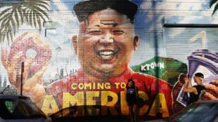 Graffiti sur un mur de Los Angeles représentant le dirigeant nord-coréen Kim Jong-un.
