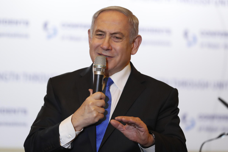 رئيس الوزراء الإسرائيلي بنيامين نتانياهو يلقي خطابا أمام مؤتمر رؤساء المنظمات اليهودية الأمريكية الرئيسية في القدس في 16 فبراير/شباط 2020.