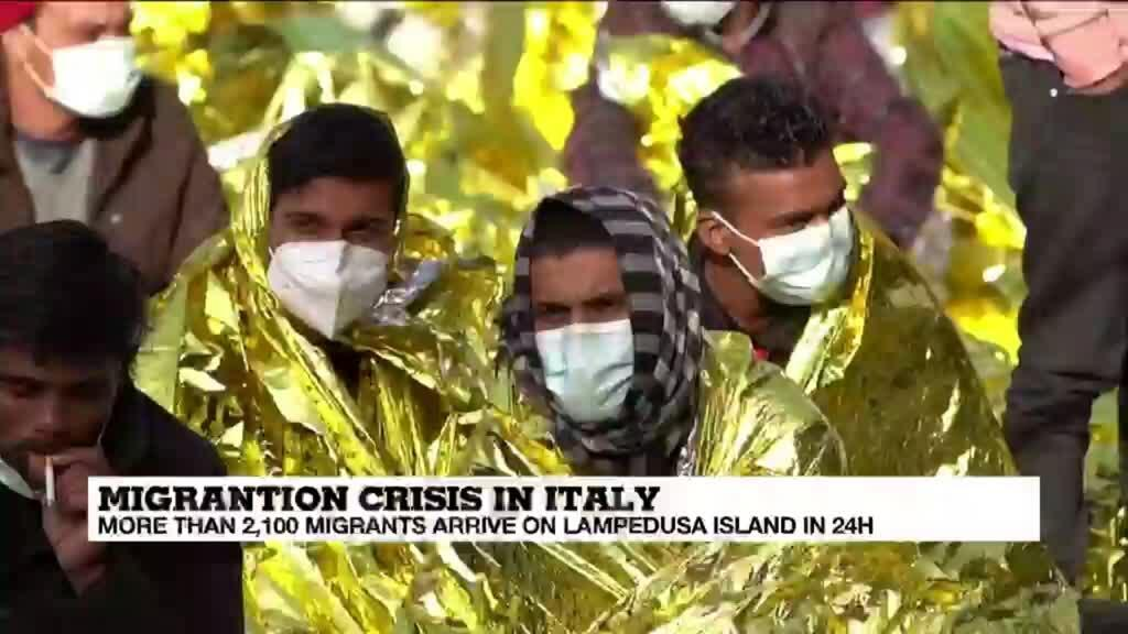 2021-05-11 17:12 Thousand migrants land on Italy's Lampedusa in 24h