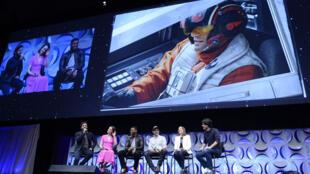 """Présentation en grande pompe de la bande-annonce de """"Star Wars"""" le 16 avril à Anaheim, près de Los Angeles."""