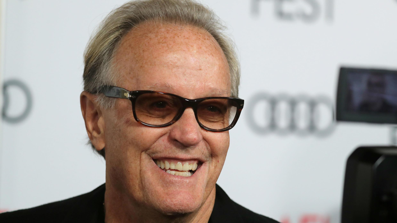 """Peter Fonda se presenta para la proyección de """"The Ballad of Lefty Brown"""" en el AFI Film Festival en Los Ángeles, California, EE. UU., el 14 de noviembre de 2017."""
