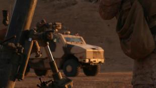 Un véhicule ARAVIS de l'armée française pris en photo dans la province de Deir Ezzor en Syrie.