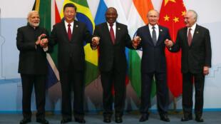 Los mandatarios de los países integrantes del grupo BRICS firmaron su compromiso para llevar adelante un libre comercio multilateral el 26 de julio de 2018.