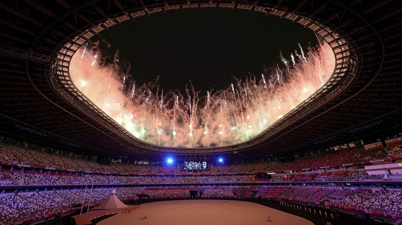 La cérémonie d'ouverture de ces Jeux olympiques a été lancée par un feu d'artifices à Tokyo, le 23 Juillet 2021.