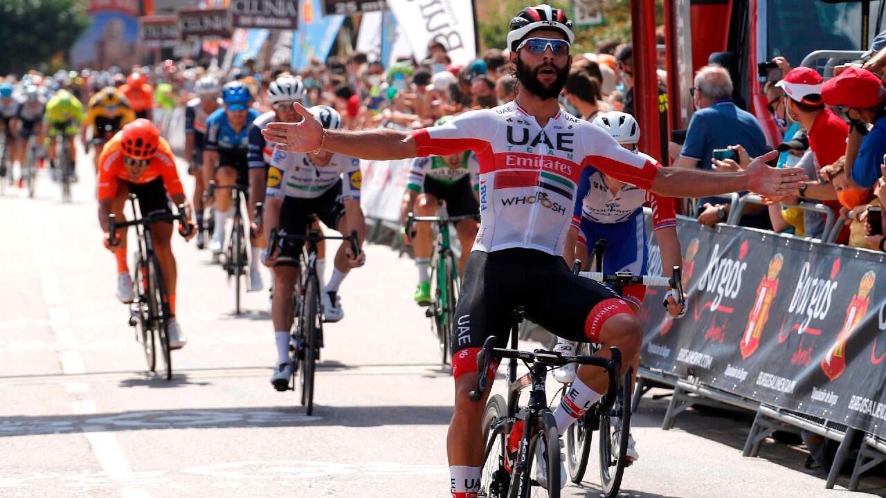 El ciclista colombiano Fernando Gaviria ha sido el vencedor de la segunda etapa de la Vuelta a Burgos, que ha transcurrido entre las localidades de Castrojeriz y Villadiego. 29 de julio de 2020, Villadiego, España.