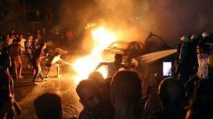 آثار حادث التصادم أمام المعهد القومي للأورام بوسط القاهرة. 4 أغسطس/ آب 2019