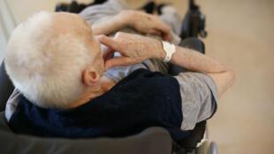 La loi permet de plonger dans une sédation profonde les patients en phase terminale.