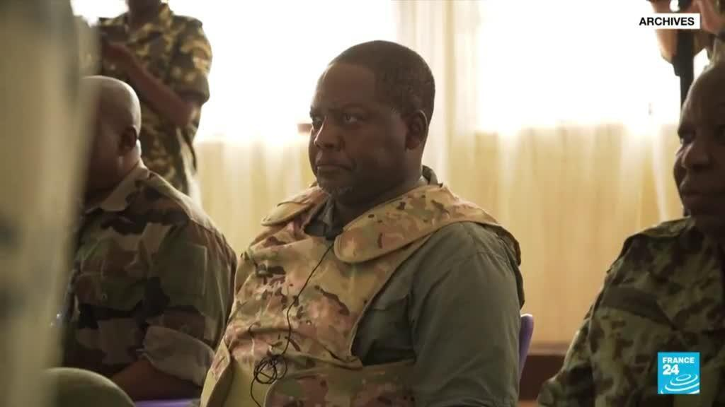 2021-06-11 07:07 Centrafrique : démission du premier ministre Firmin Ngrebada