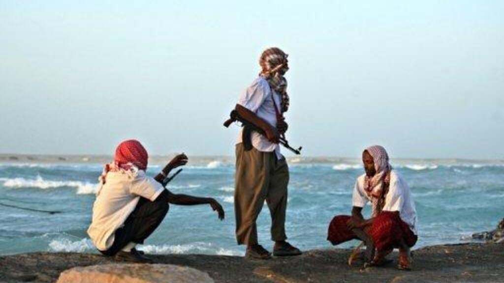 Suspected Somali pirates take fishing vessel and 16 hostages
