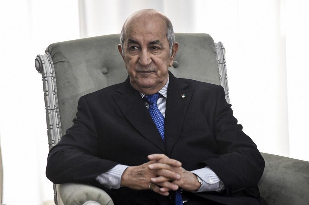 Le président algérien Abdelmadjid Tebboune lors d'une rencontre avec le ministre français des Affaires étrangères, à Alger le 21 janvier 2020.
