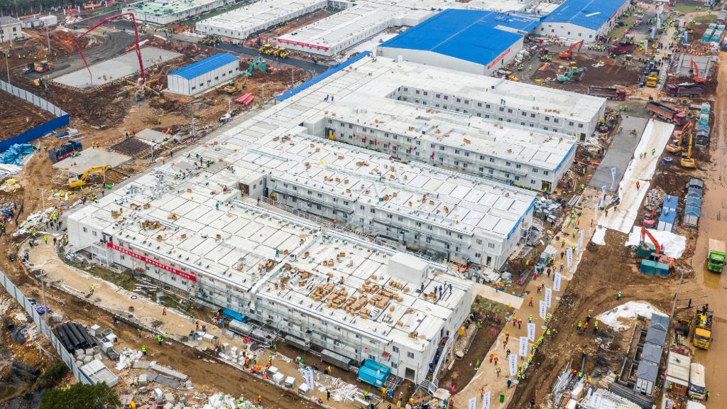 Imagen del 2 de febrero de 2020 de los hospital construido en 10 días en Wuhan, China, primer foco de contagio del Covid-19.